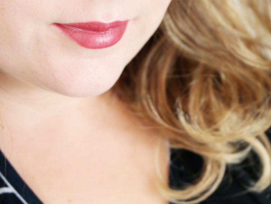 kiko-gossamer-emotion-creamy-lipstick