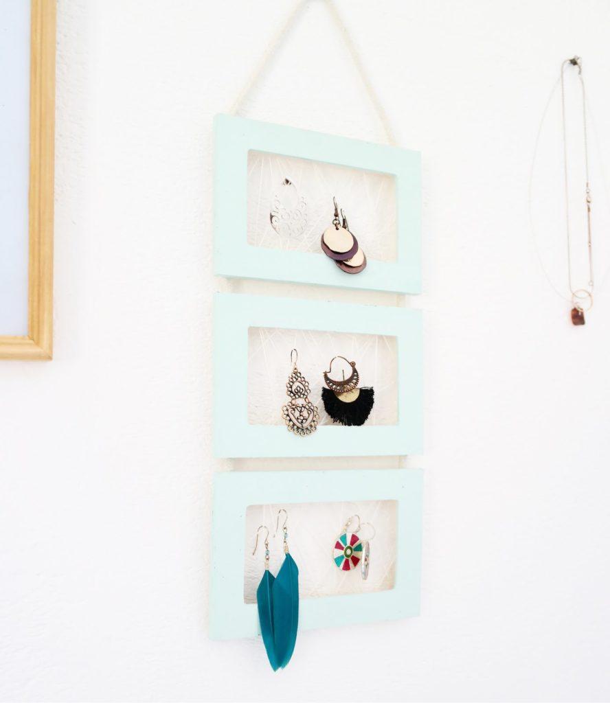 diy-cadre-porte-bijoux