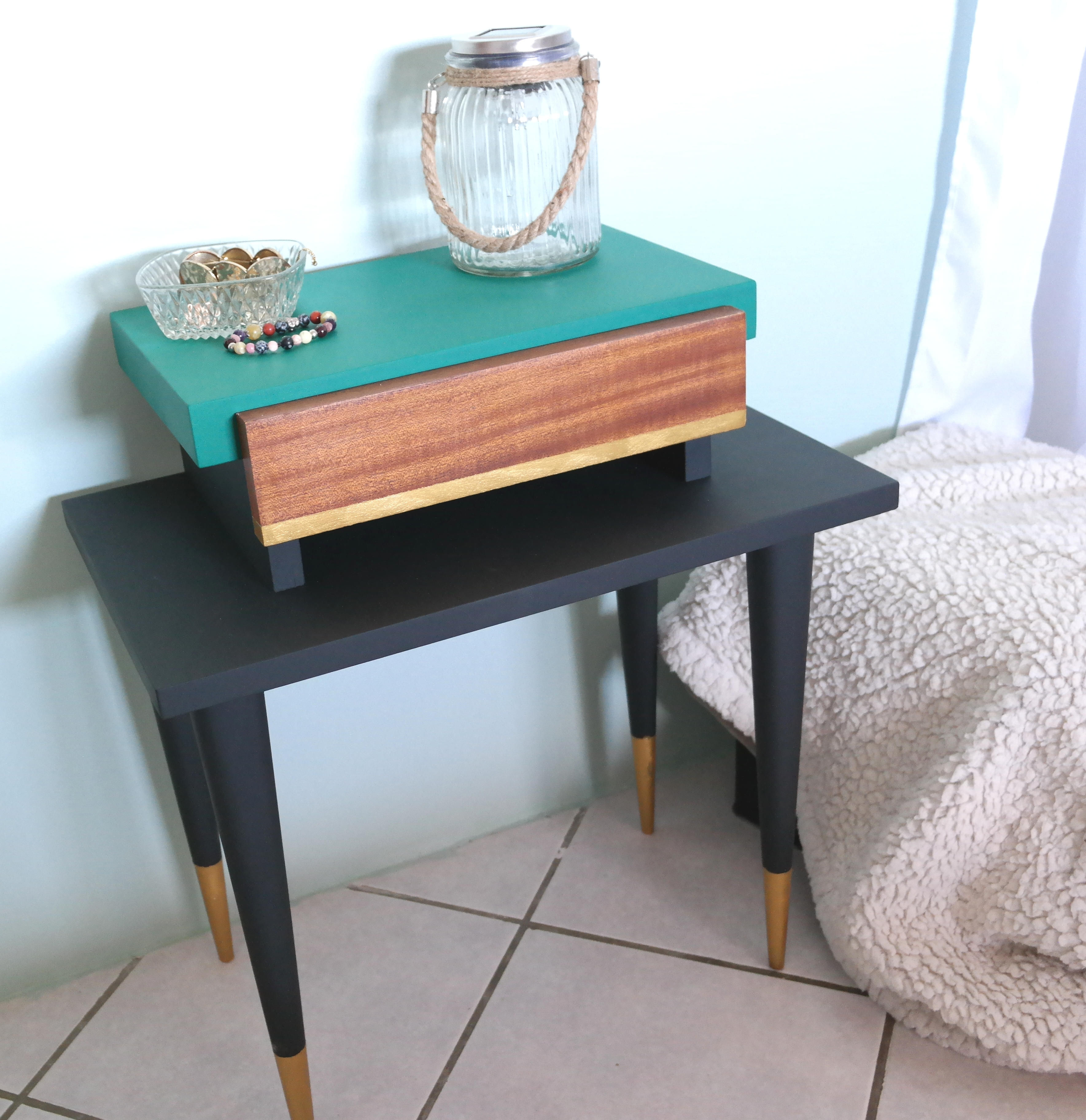 table-de-chevet-vintage-renovation-relooking-meuble-pebeo-decocreme