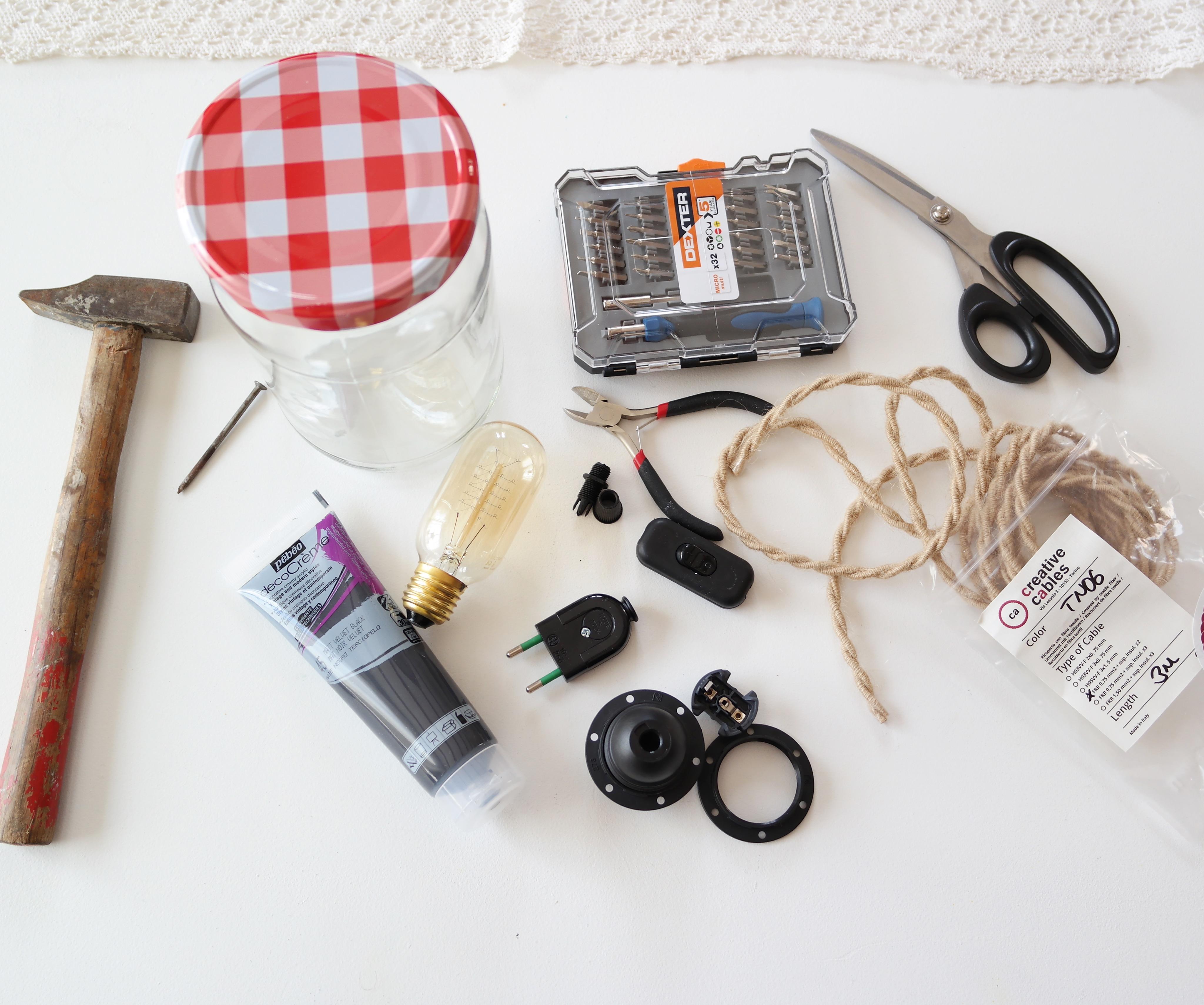diy une belle lampe bocal shylylovely. Black Bedroom Furniture Sets. Home Design Ideas